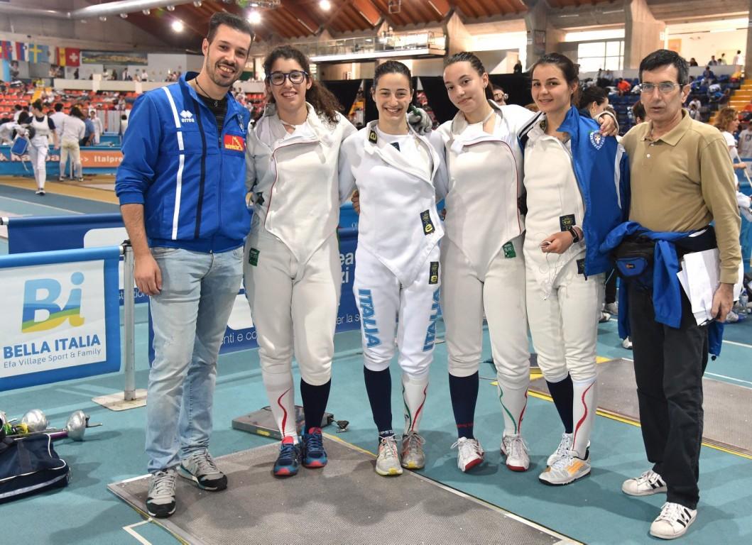 La squadra femminile - Foto Trifiletti/Bizzi - Pronovara